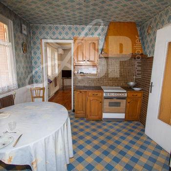 Maison + T2 indépendant : St Gervais