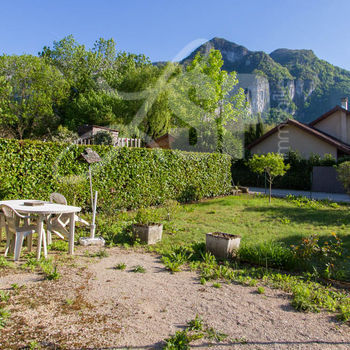 Villa mitoyenne : Rovon