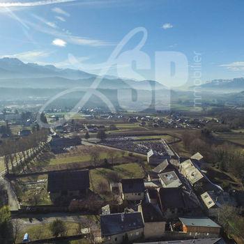 T4 neuf centre ville (103) : Photo non contractuelle